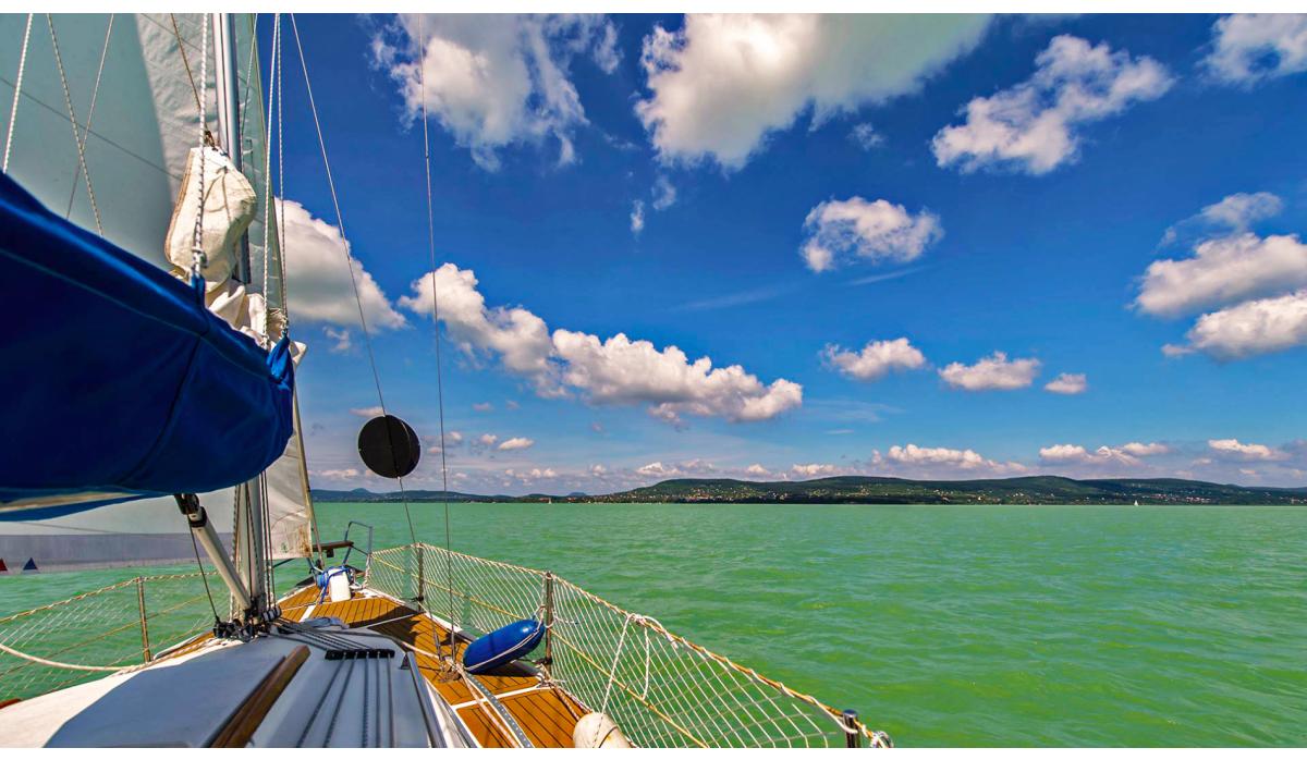 Hajózás, vitorlázás, sétarepülés
